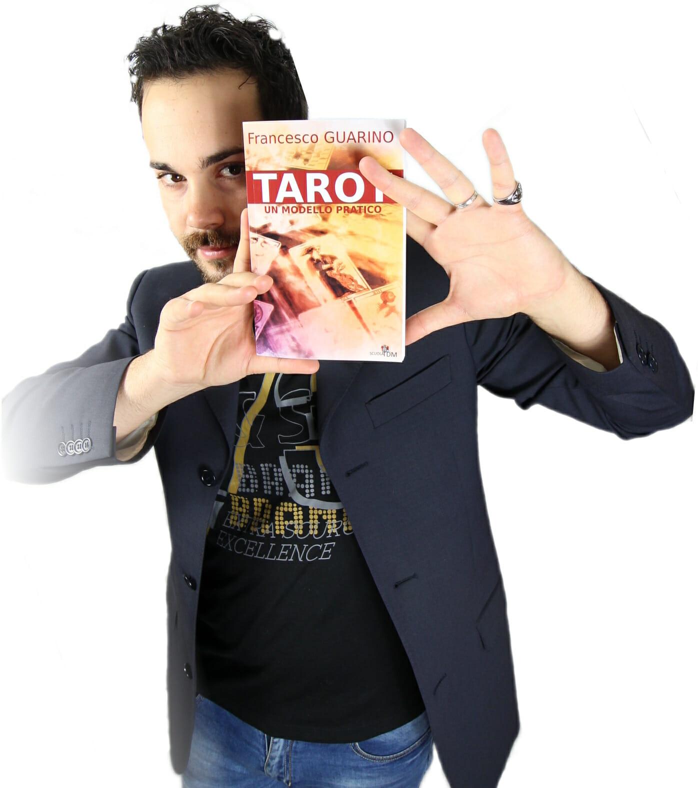 Francesco Guarino Tarot un modello pratico
